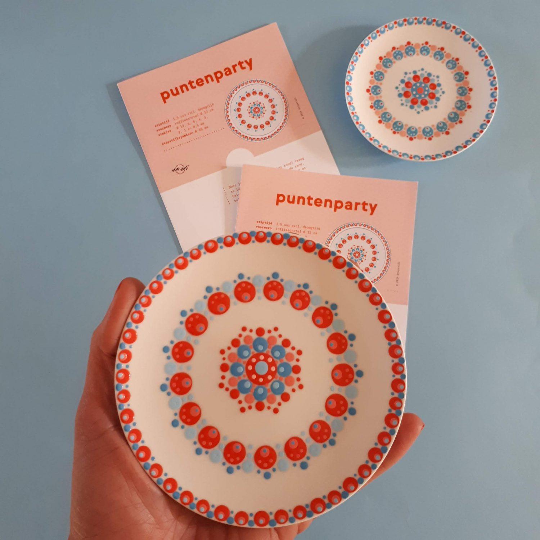 Leer hoe je kunt stippen op papier. Blog met gratis patroon en handige stiptips. Kan ook op porselein