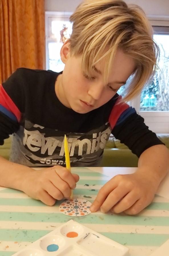 Tips voor knutselen met kinderen en stippen met jongens